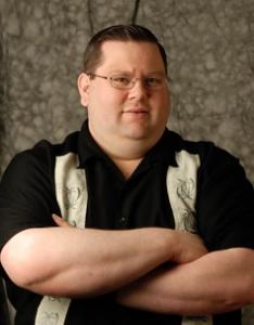 <b>Kristofer Hansen</b>
